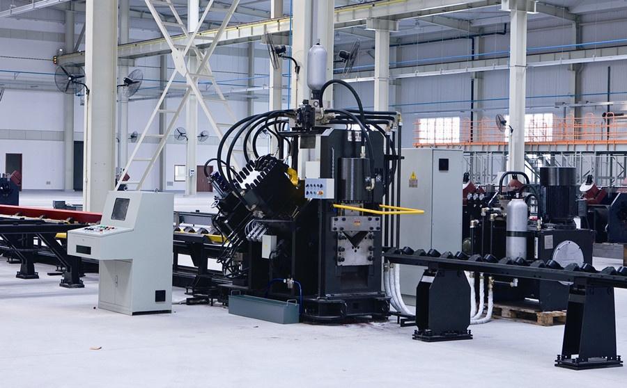 APM系列数控型钢联合生产线